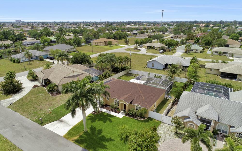 3818 SW 6th Pl Cape Coral - Home For Sale 1529168120