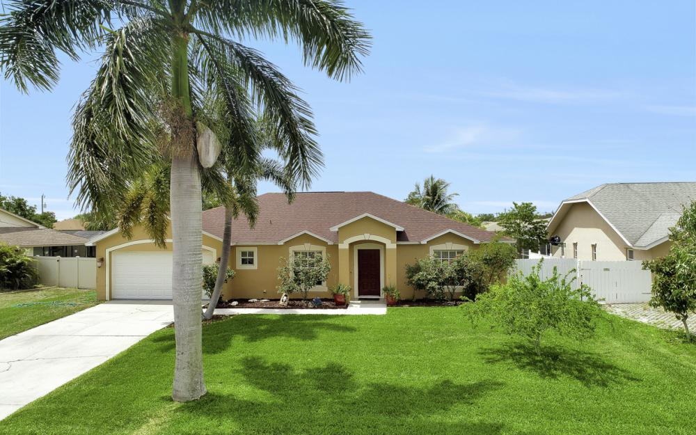 3818 SW 6th Pl Cape Coral - Home For Sale 1942396738