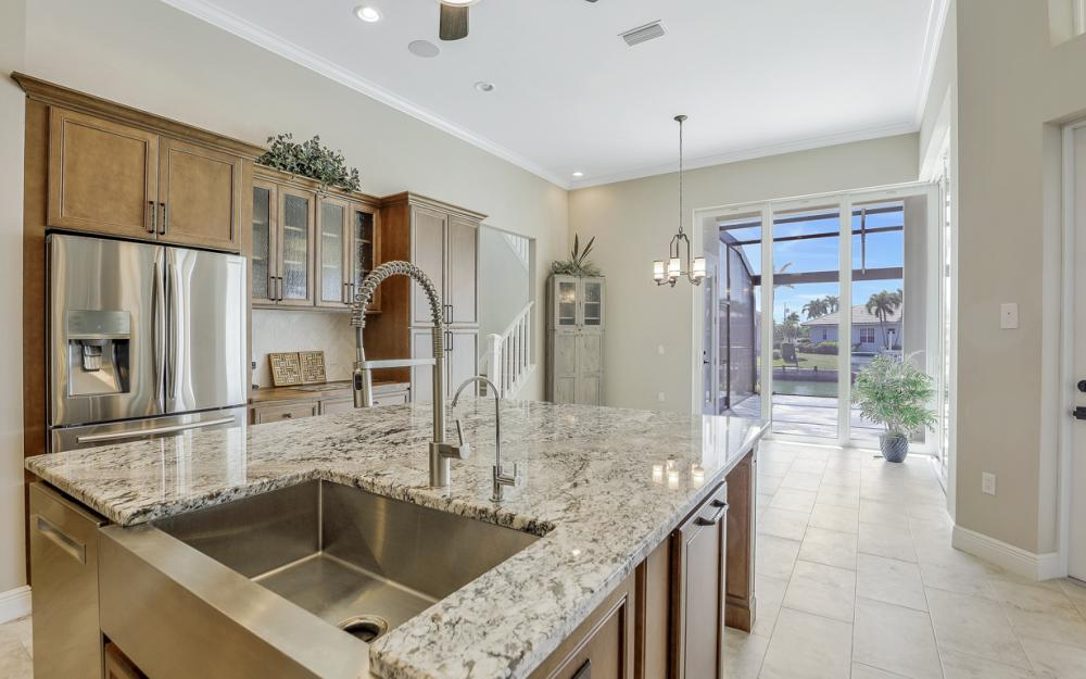 484 Pepperwood Ct, Marco Island - Home For Sale 1847889157