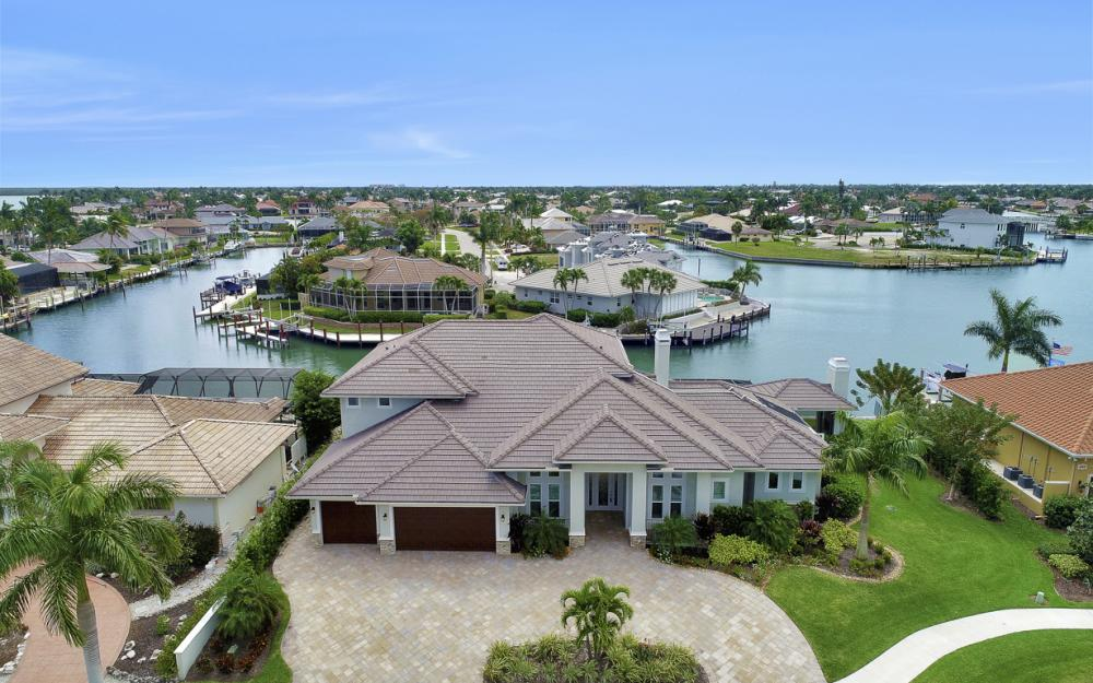 484 Pepperwood Ct, Marco Island - Home For Sale 1272944009