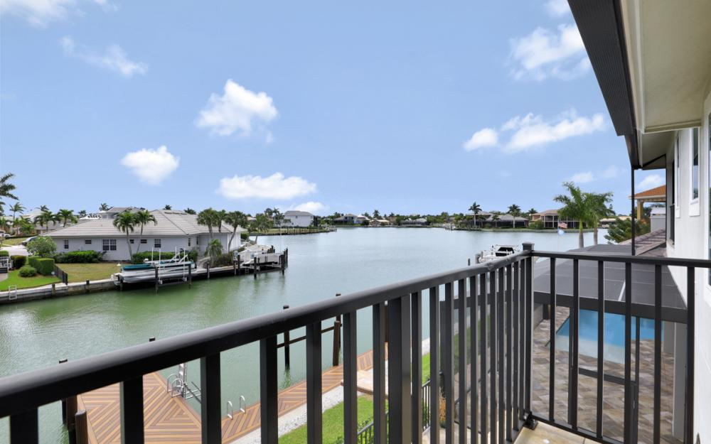 484 Pepperwood Ct, Marco Island - Home For Sale 1142127161
