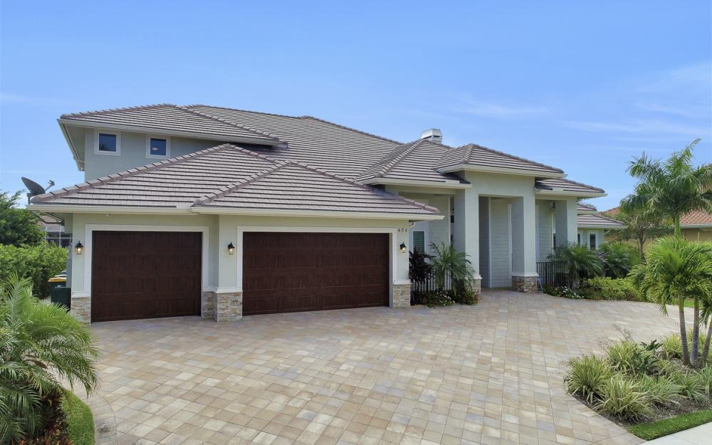 484 Pepperwood Ct, Marco Island - Home For Sale 1819350084