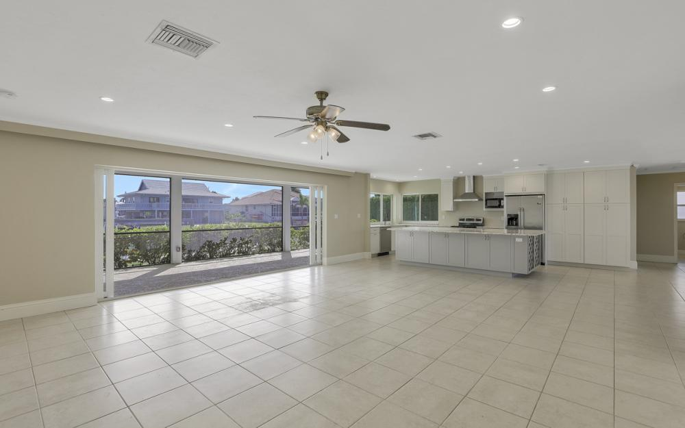 767 Amber Dr, Marco Island - Home For Sale 591936743