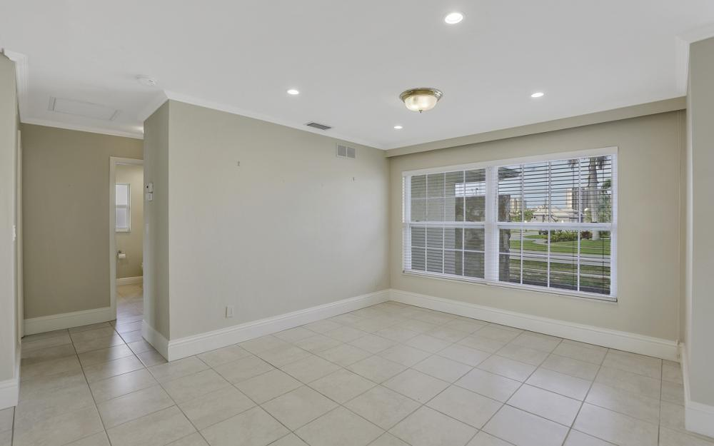 767 Amber Dr, Marco Island - Home For Sale 2142908982