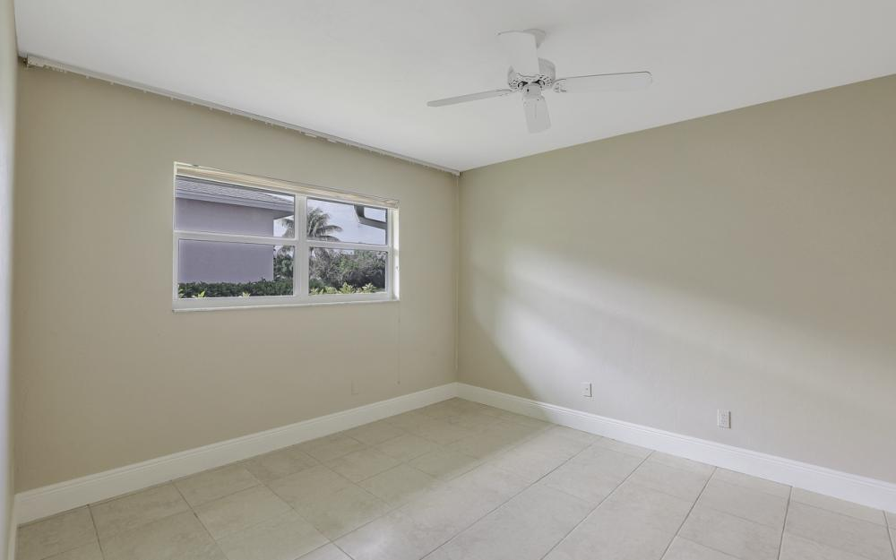 767 Amber Dr, Marco Island - Home For Sale 1007483191