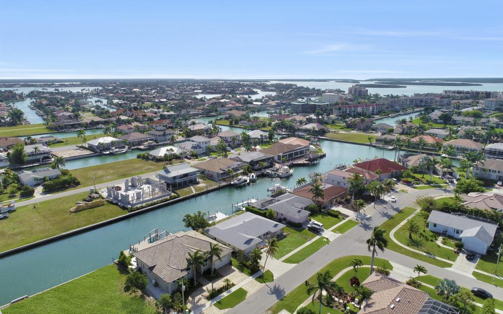 767 Amber Dr, Marco Island - Home For Sale 279490102