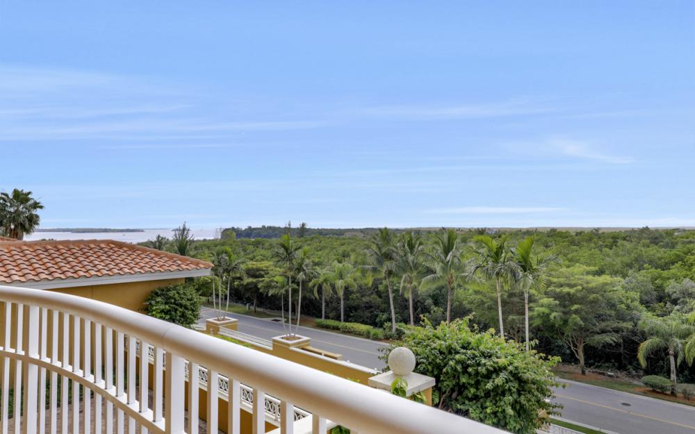 6081 Silver King Blvd #202, Cape Coral - Condo For Sale 831741150