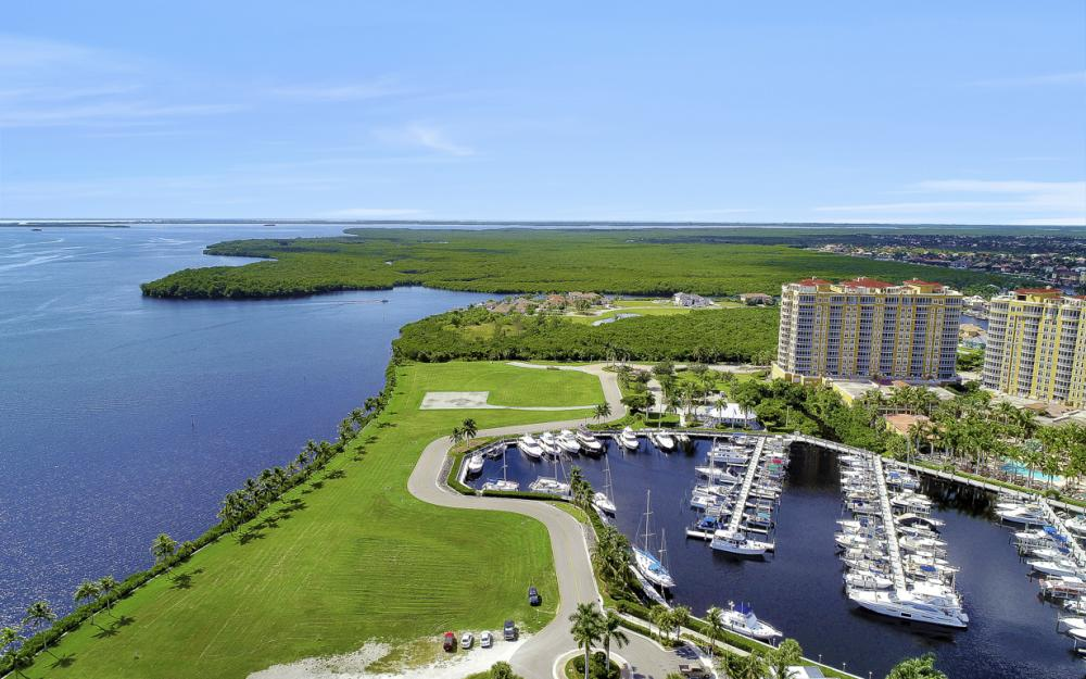 6081 Silver King Blvd #202, Cape Coral - Condo For Sale 987479500