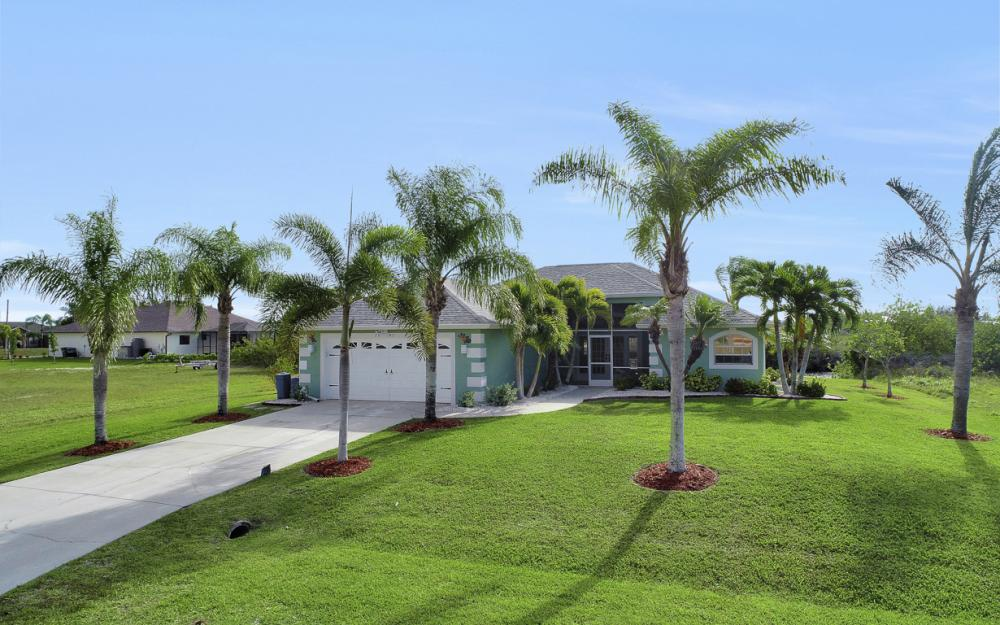 1047 NW 35th Ave Cape Coral - Home For Sale 145149752