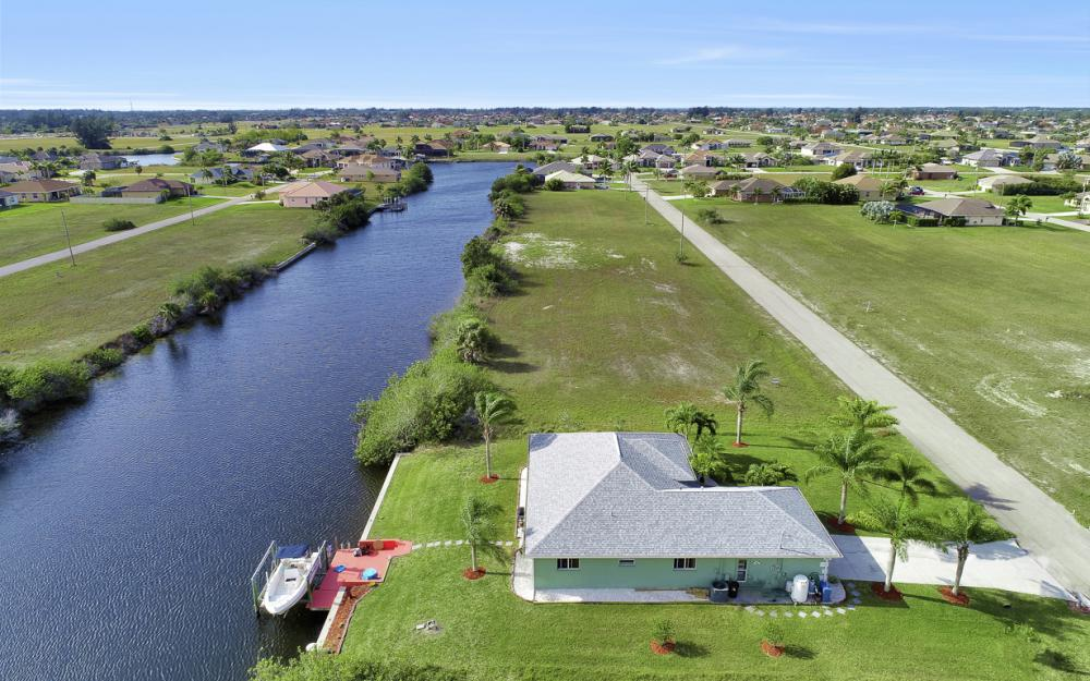 1047 NW 35th Ave Cape Coral - Home For Sale 229440471