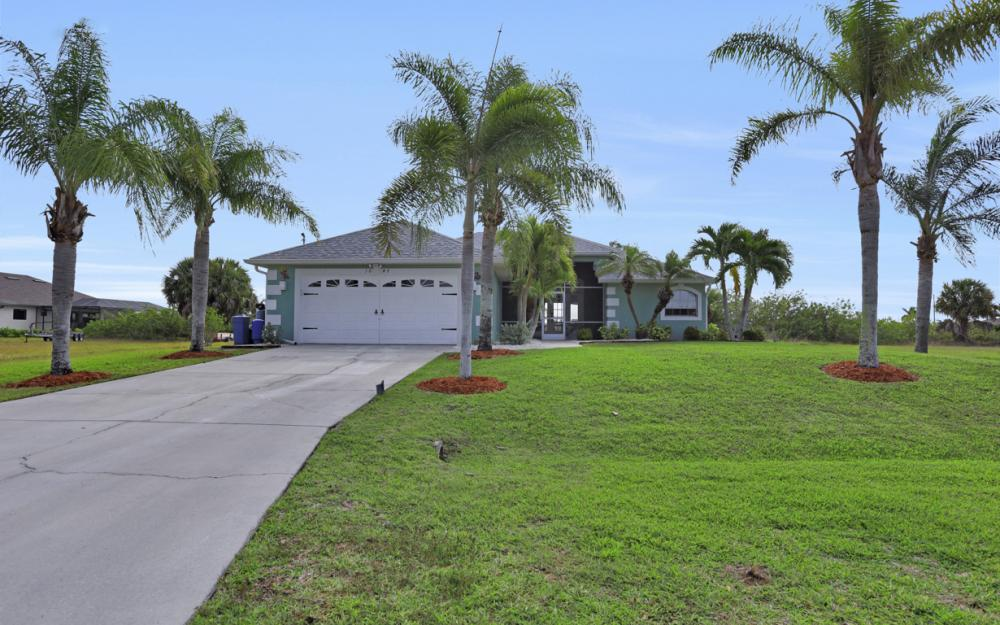 1047 NW 35th Ave Cape Coral - Home For Sale 1613725460