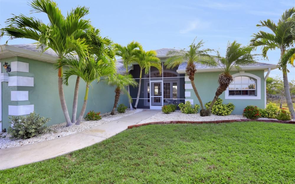 1047 NW 35th Ave Cape Coral - Home For Sale 1317324459