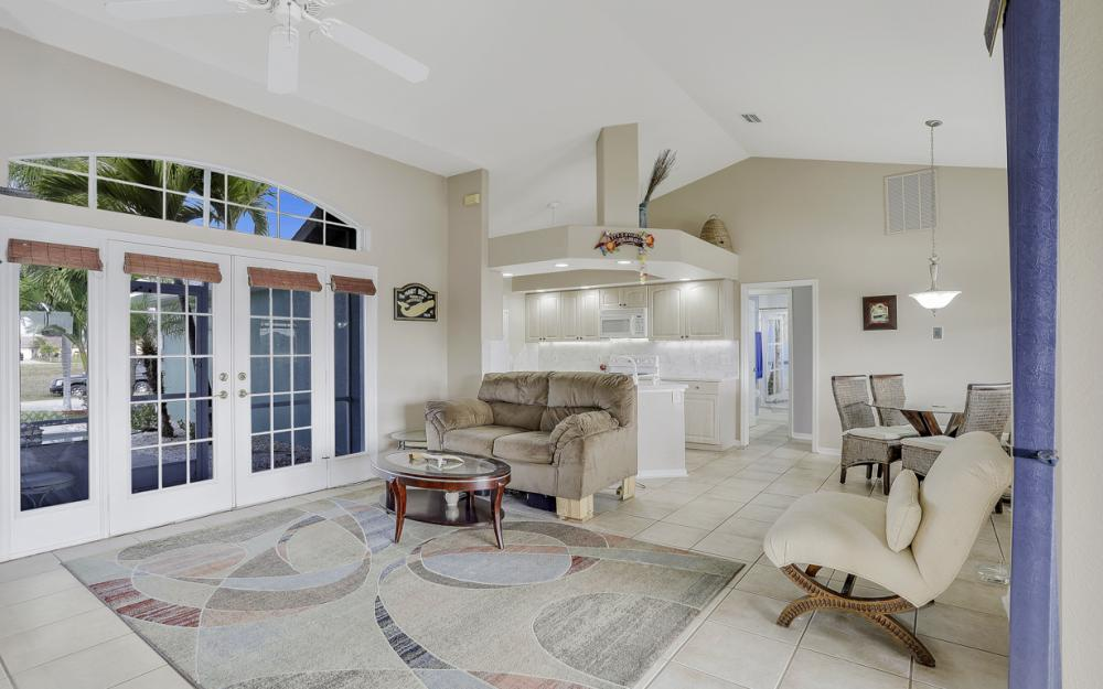 1047 NW 35th Ave Cape Coral - Home For Sale 528976902