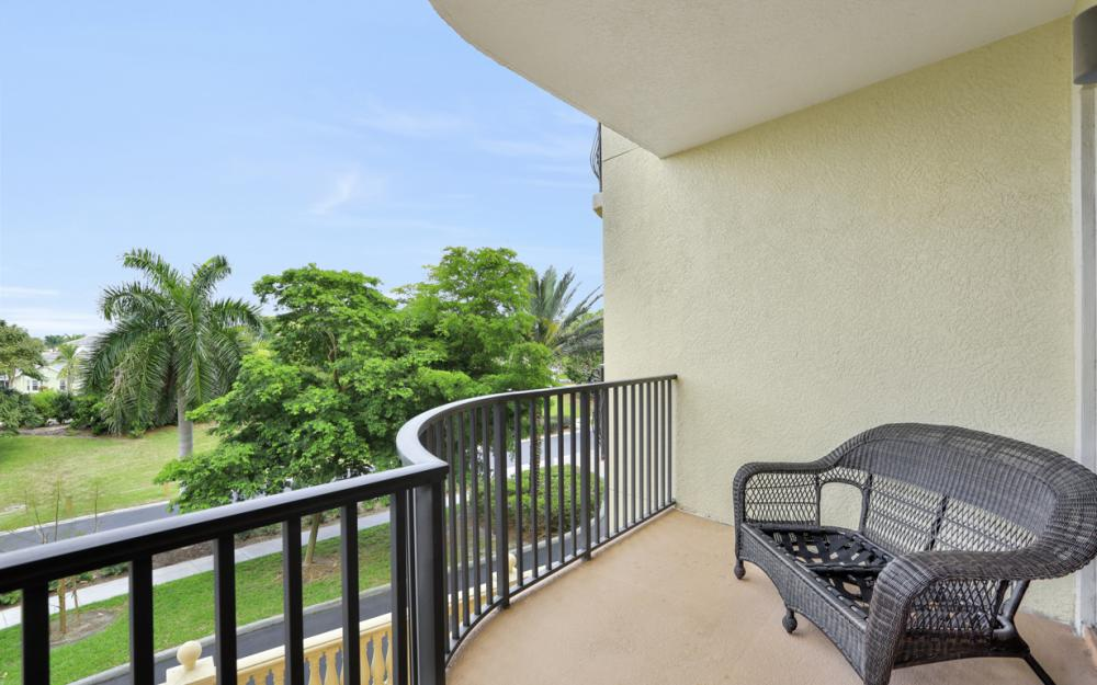 5706 Cape Harbour Dr #209, Cape Coral - Condo For Sale 1629089918