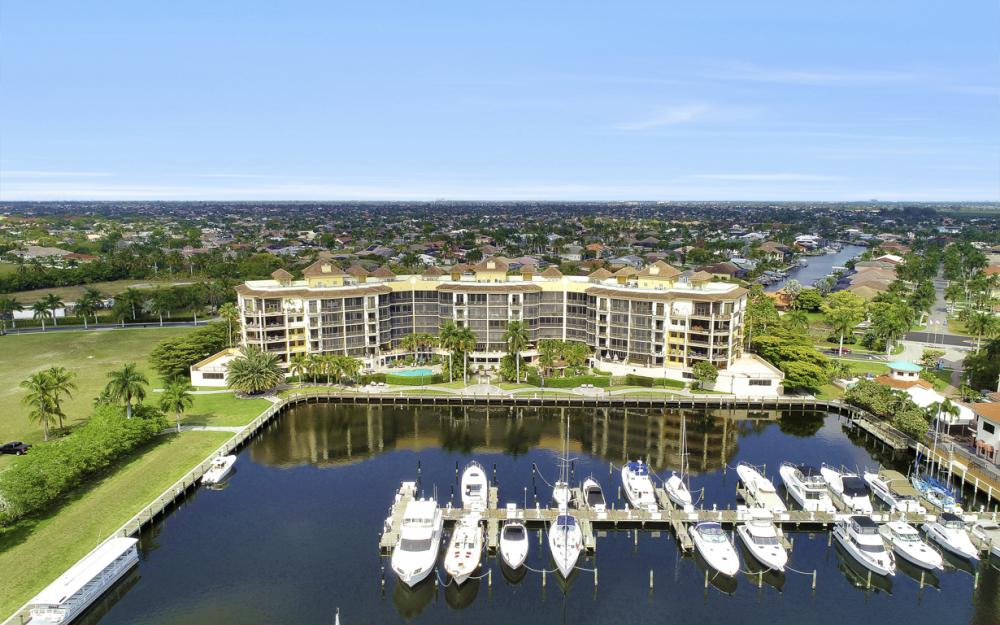 5706 Cape Harbour Dr #209, Cape Coral - Condo For Sale 2022804445