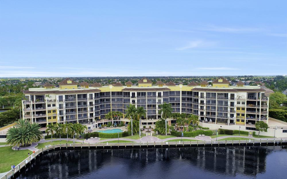 5706 Cape Harbour Dr #209, Cape Coral - Condo For Sale 847623955