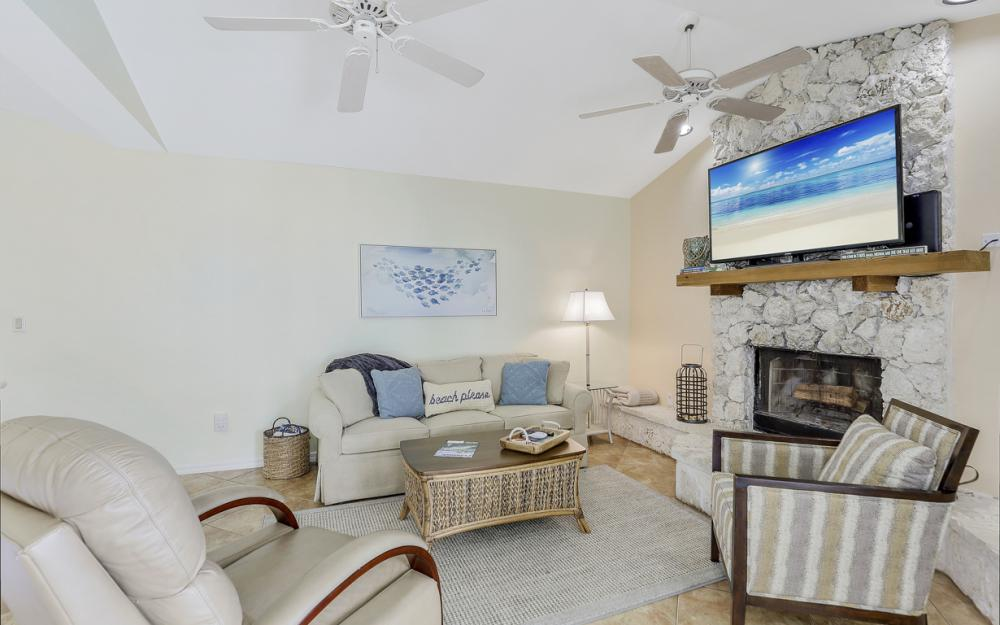 1184 Whiteheart Ct, Marco Island - Vacation Rental 28881989