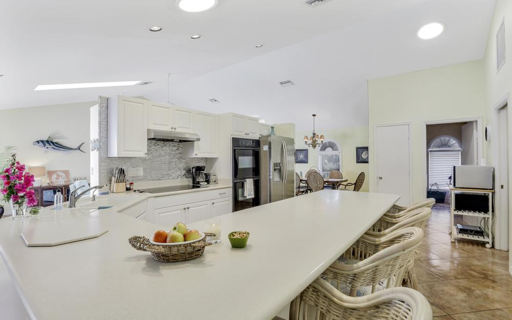1184 Whiteheart Ct, Marco Island - Vacation Rental 2093514815