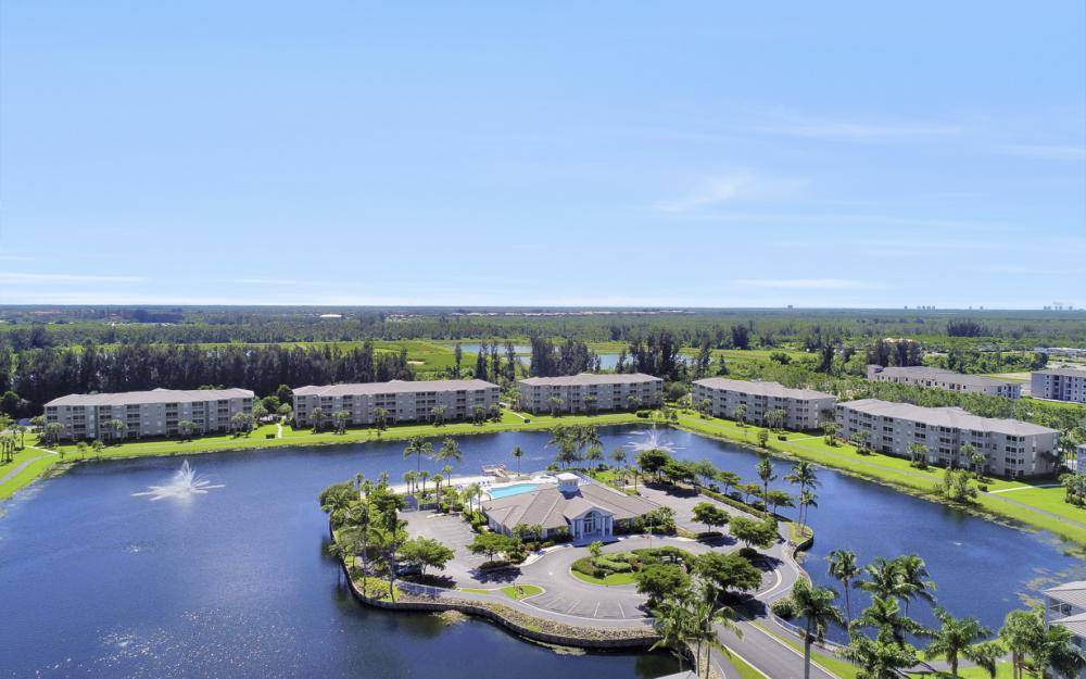 16675 Lake Circle Dr #1018, Fort Myers - Condo For Sale 240309247