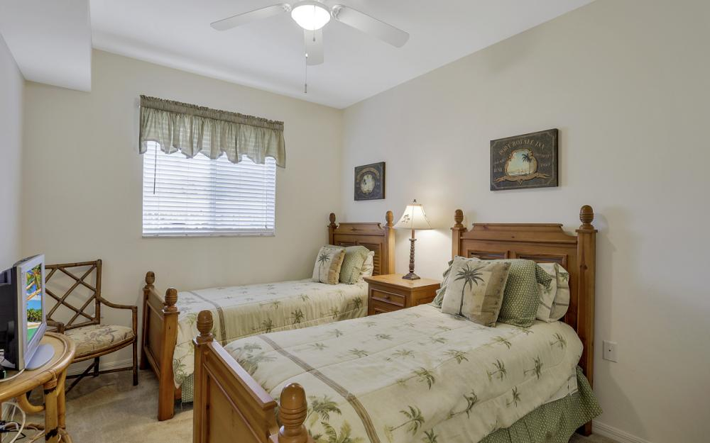 16675 Lake Circle Dr #1018, Fort Myers - Condo For Sale 1654199215