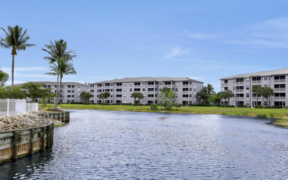 16675 Lake Circle Dr #1018, Fort Myers - Condo For Sale 1673849152