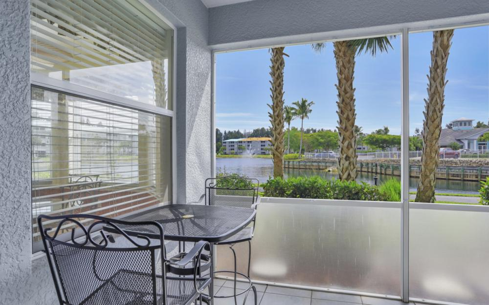 16675 Lake Circle Dr #1018, Fort Myers - Condo For Sale 678788978