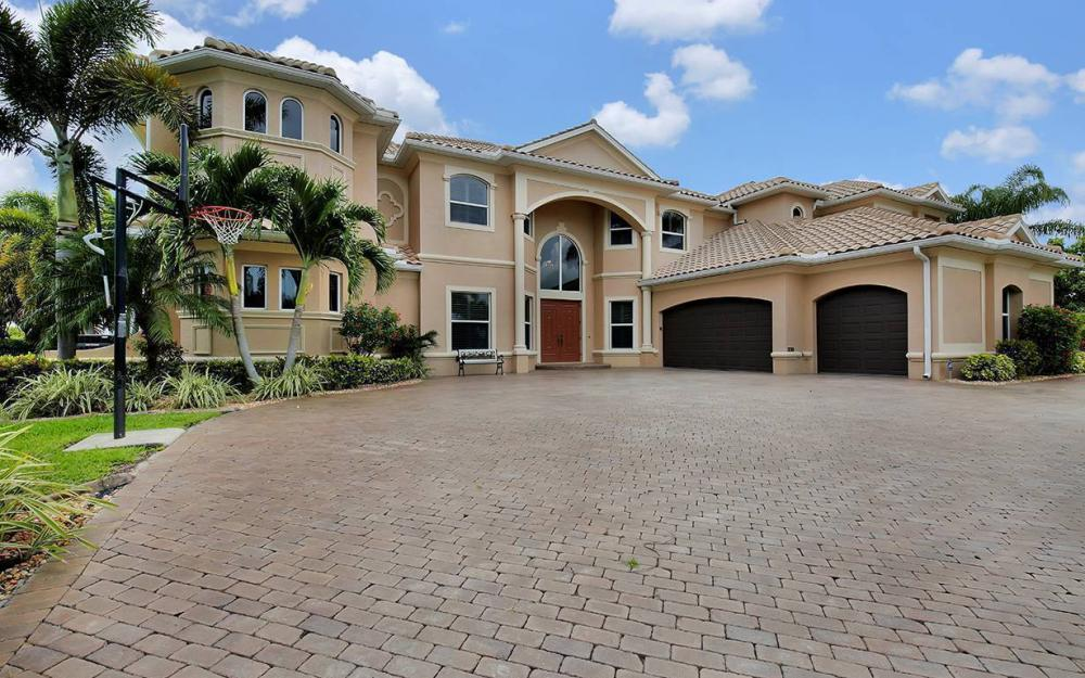 3018 SW 26th Ct, Cape Coral - House For Sale 671328014