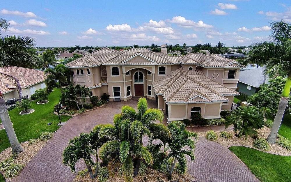 3018 SW 26th Ct, Cape Coral - House For Sale 450053021