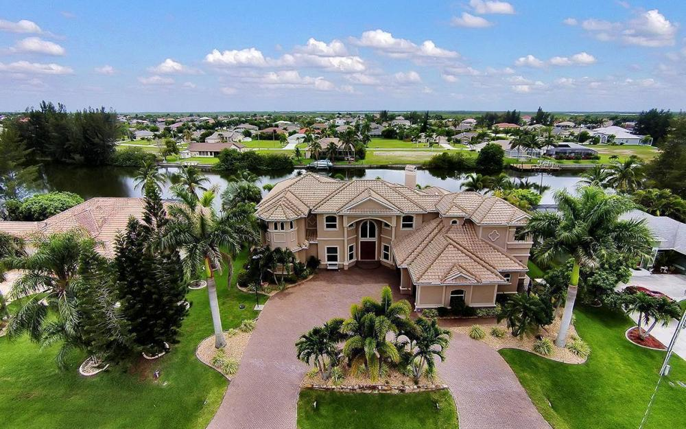 3018 SW 26th Ct, Cape Coral - House For Sale 378714023