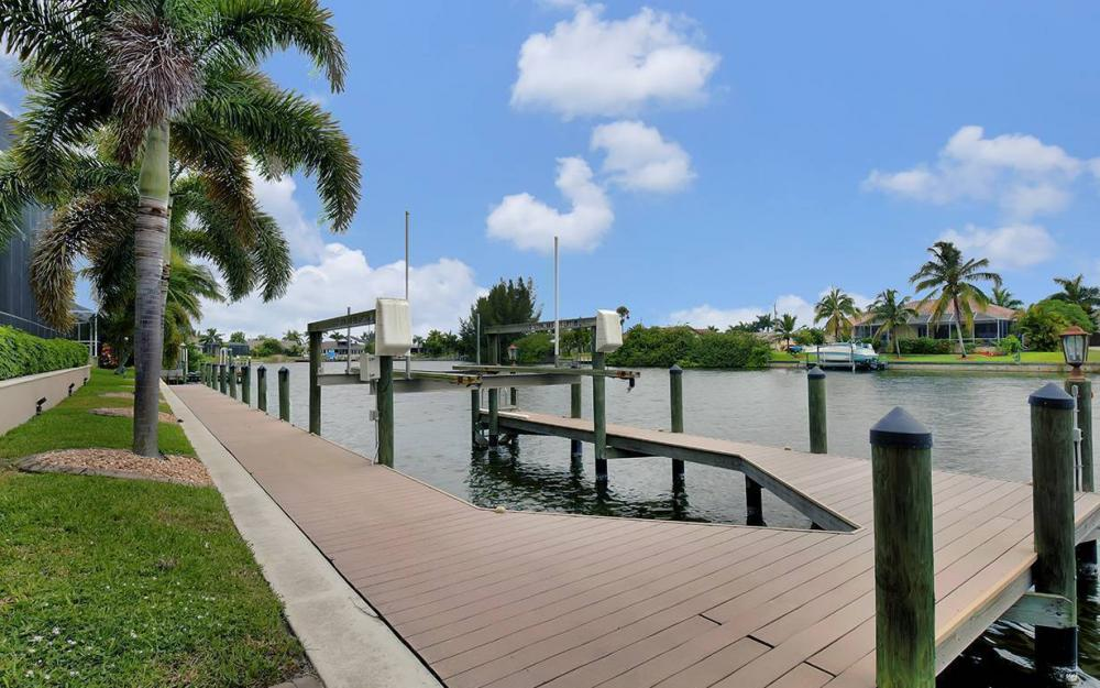 3018 SW 26th Ct, Cape Coral - House For Sale 7454089