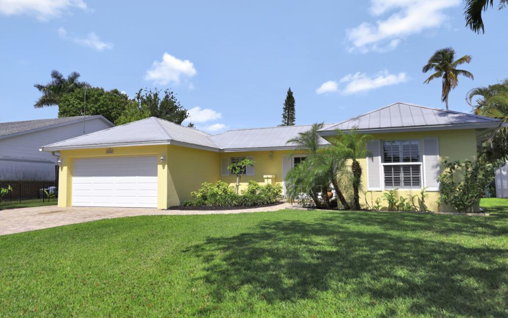 1765 Harbor Ln, Naples - Home For Sale 1594698515