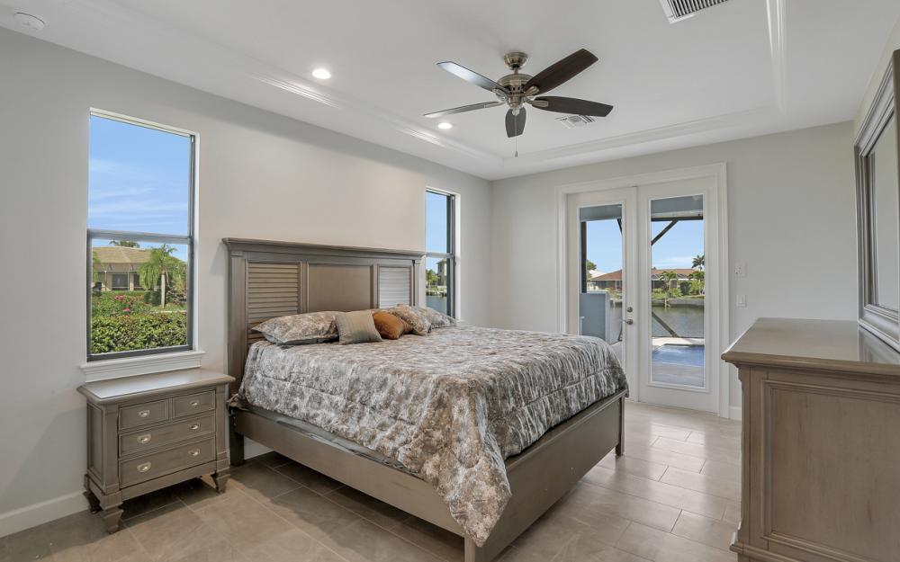 198 Leeward Ct, Marco Island - Home For Sale 486839231