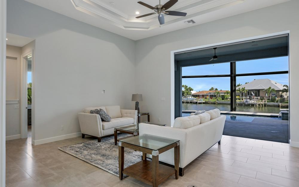 198 Leeward Ct, Marco Island - Home For Sale 62036479