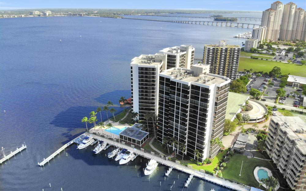 1920 Virginia Ave #1202, Fort Myers - Condo For Sale 806594244