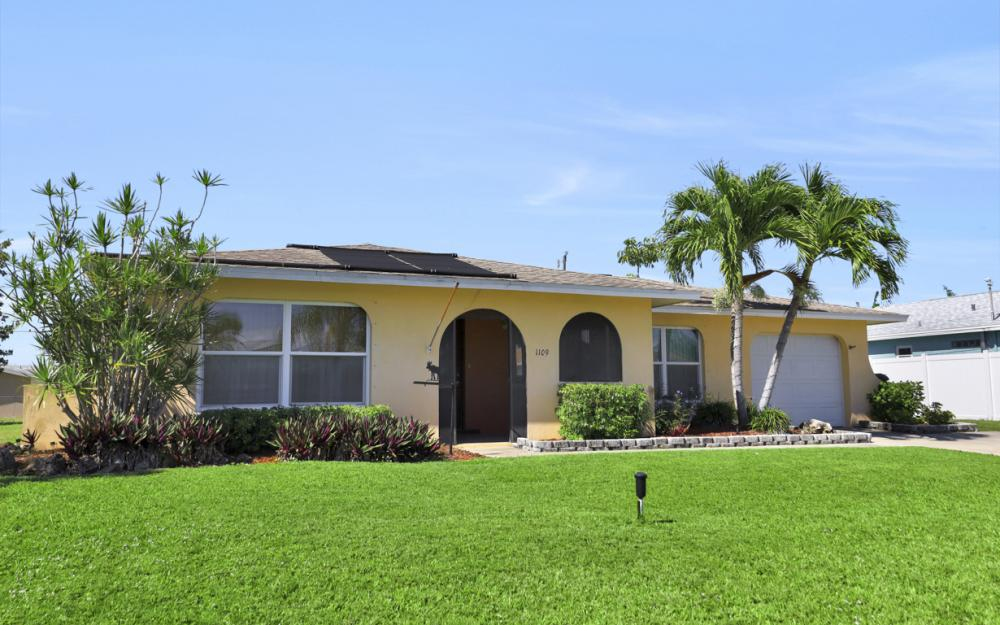 1109 SE 22nd Ter, Cape Coral - Home For Sale 1818445900