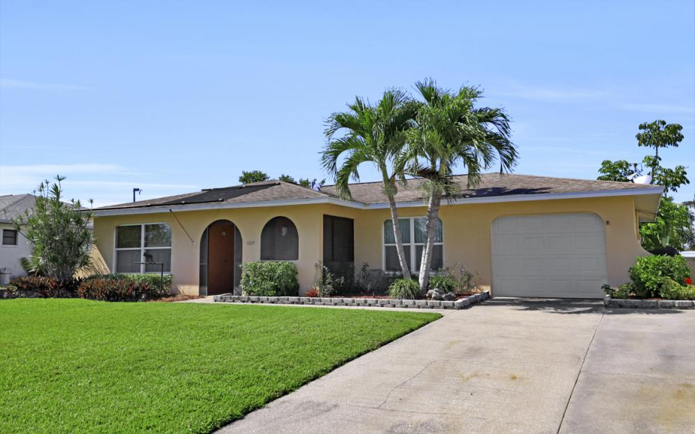 1109 SE 22nd Ter, Cape Coral - Home For Sale 704336082