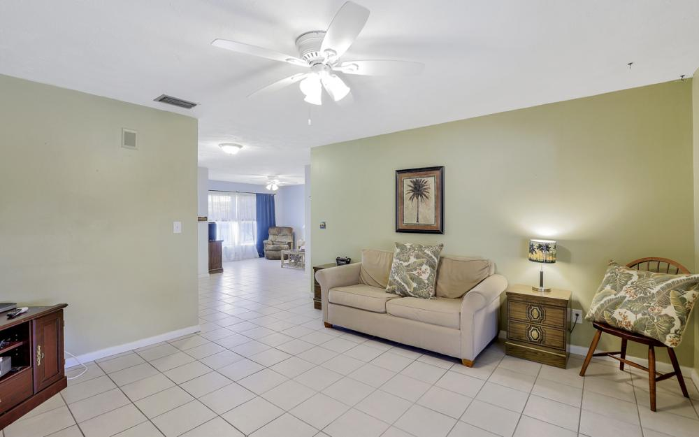 1109 SE 22nd Ter, Cape Coral - Home For Sale 396405937