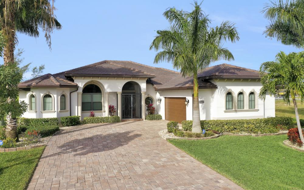 3708 SW 17th Ave, Cape Coral - Home For Sale 417265172