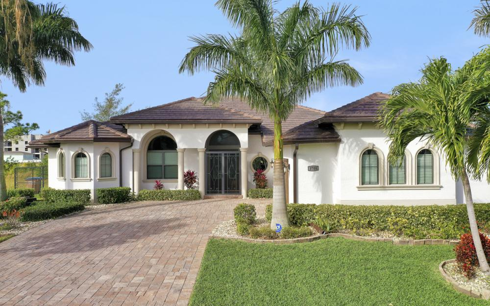 3708 SW 17th Ave, Cape Coral - Home For Sale 939924742