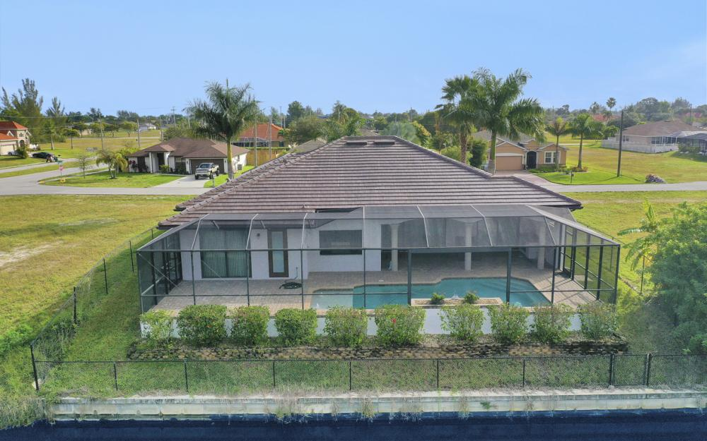 3708 SW 17th Ave, Cape Coral - Home For Sale 539076692