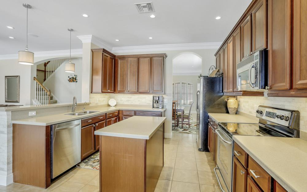 2827 Via Piazza Loop, Fort Myers - Home For Sale 2025311588