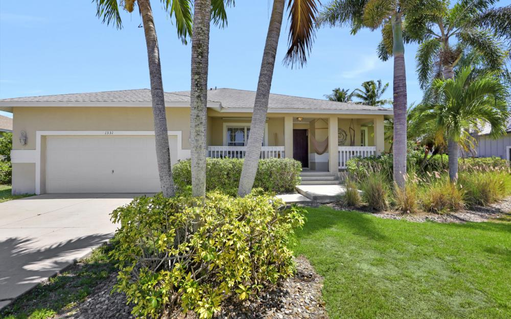 1331 Bayport Ave, Marco Island - Home For Sale 846088775