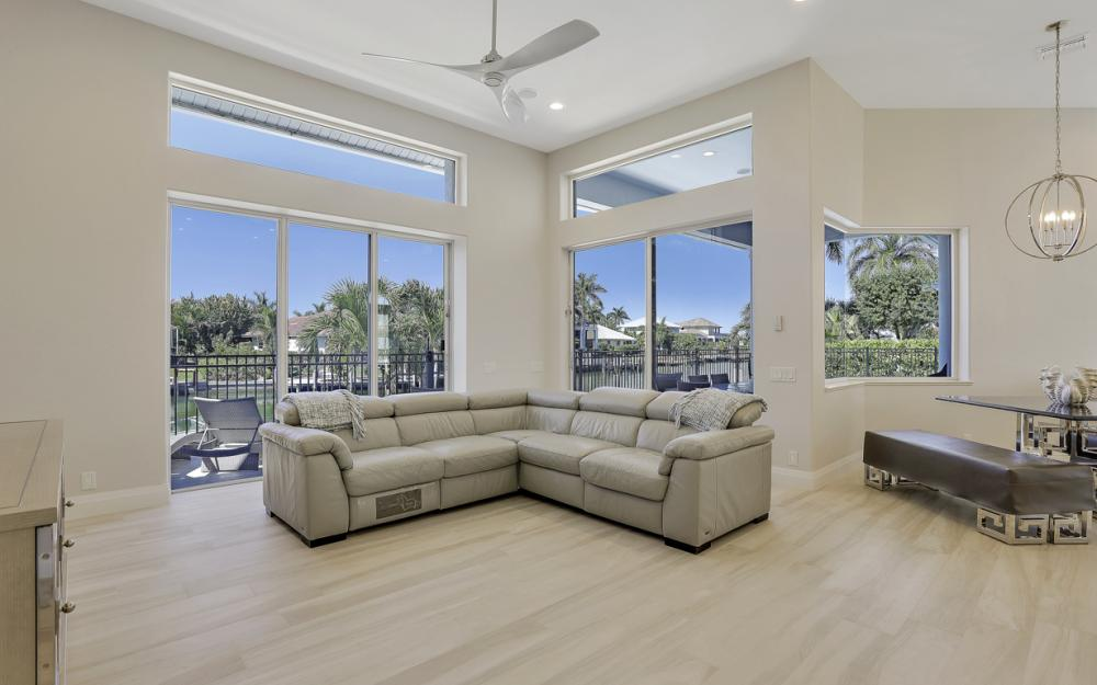 729 Hull Ct Marco Island - Home For Sale 992663871