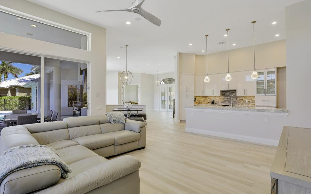 729 Hull Ct Marco Island - Home For Sale 1302100166
