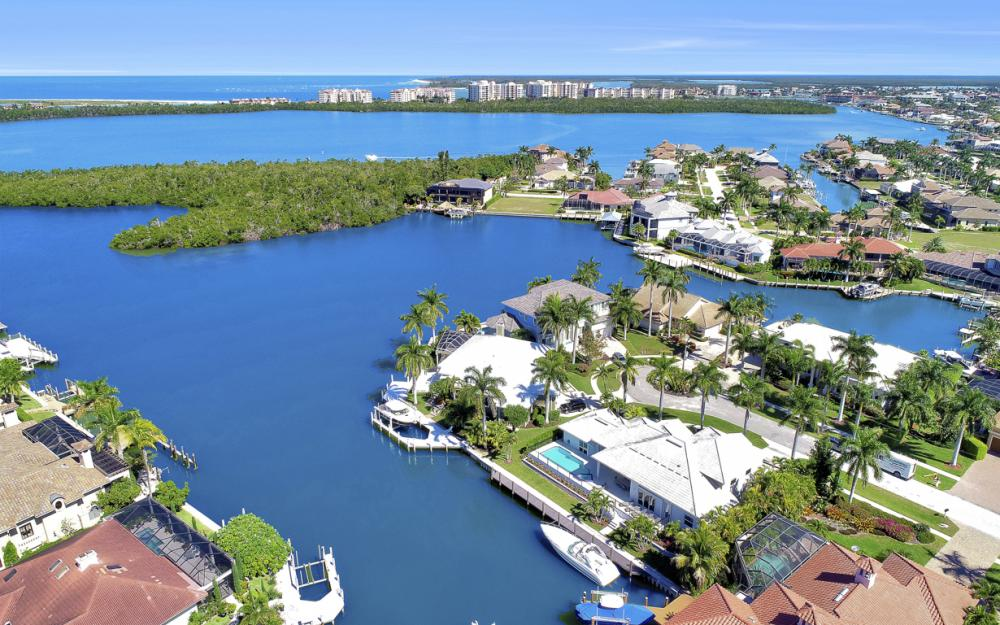 729 Hull Ct Marco Island - Home For Sale 854250338