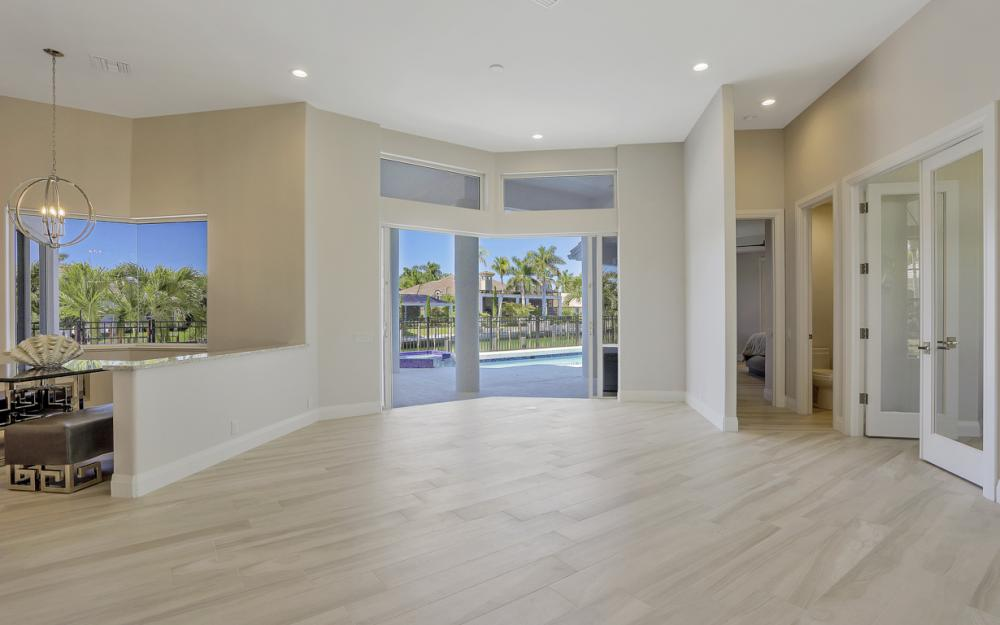 729 Hull Ct Marco Island - Home For Sale 330085979