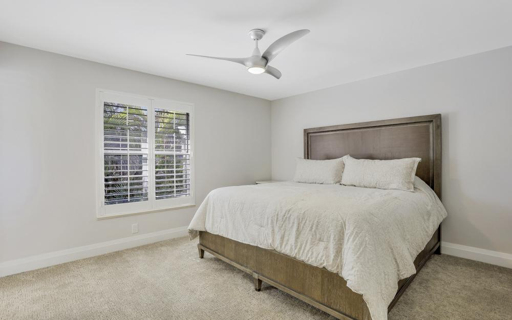 729 Hull Ct Marco Island - Home For Sale 375972385