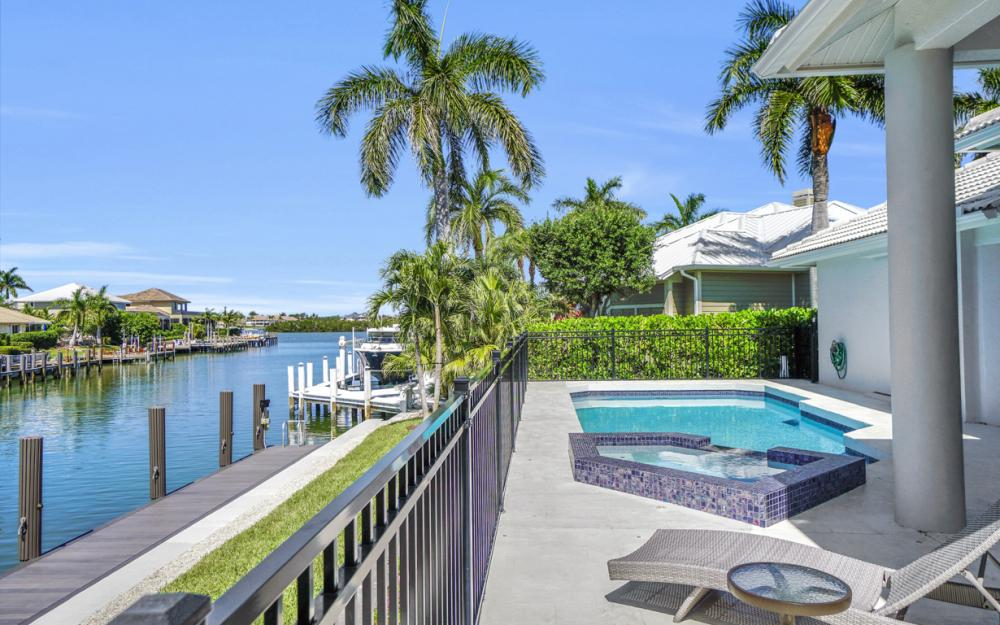 729 Hull Ct Marco Island - Home For Sale 362822086