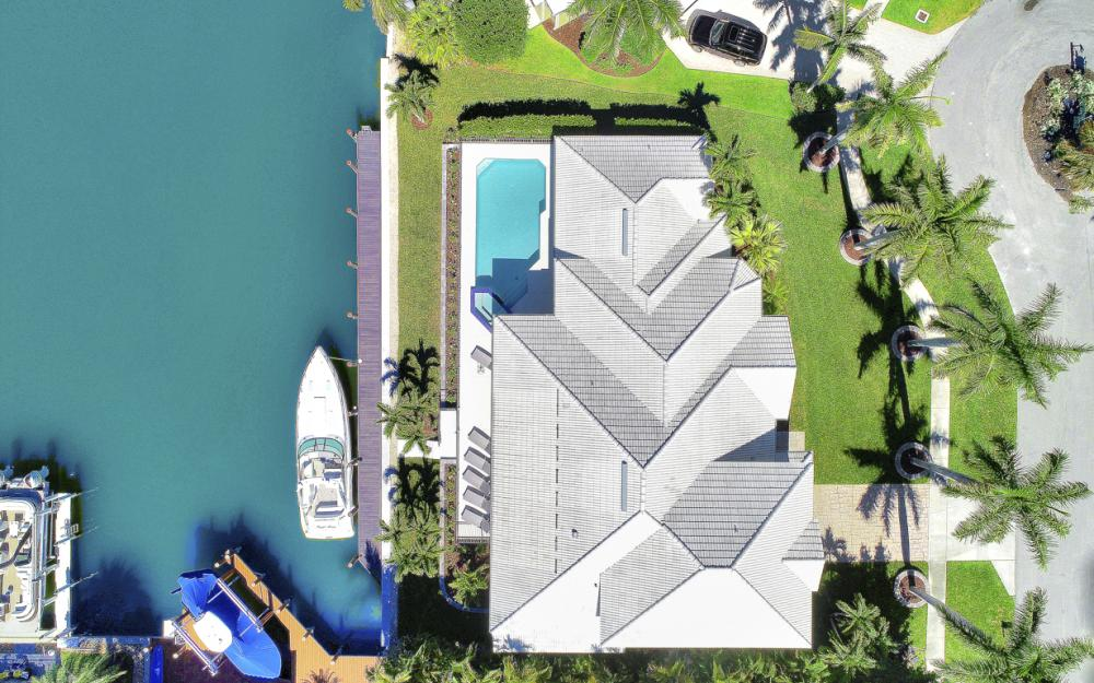729 Hull Ct Marco Island - Home For Sale 1013672376