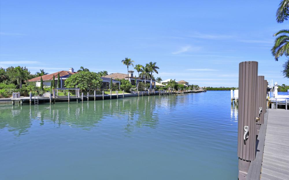 729 Hull Ct Marco Island - Home For Sale 1872766774